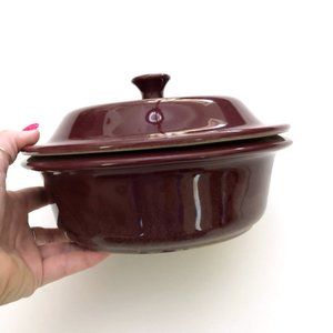 THE PAMPERED CHEF Red Round Covered Baker NEW